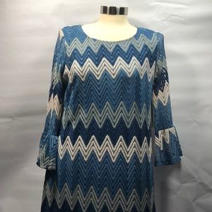 NWT Tacera Dress Medium Chevron Design Blues White